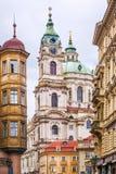 Καθεδρικός ναός του Nicholas στην Πράγα cesky τσεχική πόλης όψη δημοκρατιών krumlov μεσαιωνική παλαιά στοκ φωτογραφίες με δικαίωμα ελεύθερης χρήσης