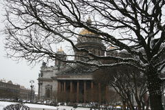 Καθεδρικός ναός του ST Isaac στο χιόνι Στοκ Φωτογραφίες