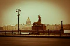 Καθεδρικός ναός του ST Isaac ` s αποβάθρα Το γλυπτό του Sphinx Άγιος-Πετρούπολη Ρωσία Στοκ φωτογραφία με δικαίωμα ελεύθερης χρήσης