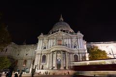 Καθεδρικός ναός Saint-Paul Λονδίνο τη νύχτα Στοκ Φωτογραφία