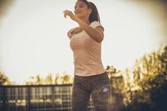 Καθημερινά ασκώντας Αθλήτρια στοκ φωτογραφία με δικαίωμα ελεύθερης χρήσης