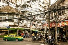 Καθημερινή επιχείρηση 05 ώρας κυκλοφοριακής αιχμής της Μπανγκόκ Ταϊλάνδη οδών 10 2015 - 2 Στοκ Φωτογραφίες