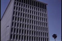 Καθιέρωση του πυροβολισμού του κτιρίου γραφείων απόθεμα βίντεο