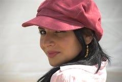 καθιερώνουσα τη μόδα γυναίκα Στοκ φωτογραφία με δικαίωμα ελεύθερης χρήσης