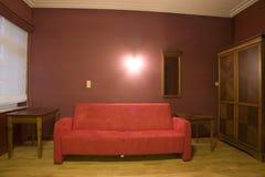 καθιστικό καναπέδων Στοκ εικόνες με δικαίωμα ελεύθερης χρήσης