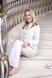 καθμένος σκαλοπάτια χαμό&ga στοκ φωτογραφίες