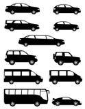 Καθορισμένα επιβατικά αυτοκίνητα εικονιδίων με τη διαφορετική μαύρη σκιαγραφία οργανισμών Στοκ Εικόνες