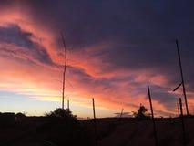 Καθορισμένα σύννεφα ήλιων Coober pedy Στοκ εικόνα με δικαίωμα ελεύθερης χρήσης
