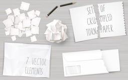Καθορισμένα τσαλακωμένα φύλλα εγγράφου διανυσματική απεικόνιση