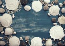 Καθορισμένη θάλασσας θέση πλαισίων κοχυλιών διακοσμητική για το κείμενο Στοκ φωτογραφία με δικαίωμα ελεύθερης χρήσης