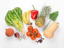 Καθορισμένη διαφορετική υγιεινή διατροφή σε ένα άσπρο υπόβαθρο στοκ εικόνα