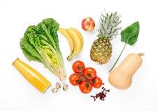 Καθορισμένη ποικιλία των υγιών φρούτων και λαχανικών στο άσπρο υπόβαθρο στοκ εικόνα με δικαίωμα ελεύθερης χρήσης
