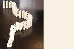 Καθορισμένη σειρά αλυσίδων παιχνιδιού τυχερού παιχνιδιού ντόμινο Στοκ φωτογραφία με δικαίωμα ελεύθερης χρήσης
