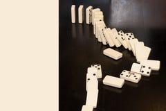 Καθορισμένη σειρά αλυσίδων παιχνιδιού τυχερού παιχνιδιού ντόμινο Στοκ Φωτογραφίες