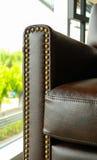 καθορισμένος καναπές καθιστικών δέρματος επίπλων Στοκ εικόνα με δικαίωμα ελεύθερης χρήσης