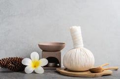Καθορισμένο μασάζ Aromatherapy product Spa με το συγκεκριμένο υπόβαθρο Στοκ φωτογραφίες με δικαίωμα ελεύθερης χρήσης