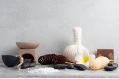 Καθορισμένο μασάζ Aromatherapy product Spa με το συγκεκριμένο υπόβαθρο Στοκ Φωτογραφίες