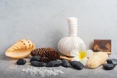 Καθορισμένο μασάζ Aromatherapy product Spa με το συγκεκριμένο υπόβαθρο Στοκ εικόνα με δικαίωμα ελεύθερης χρήσης