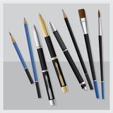 Καθορισμένο ρεαλιστικό τρισδιάστατο στυλός και μολύβι και μολύβι επιχειρησιακών στυλών και πινέλων και σχεδίων και μολύβι συμπλέκ Στοκ φωτογραφίες με δικαίωμα ελεύθερης χρήσης