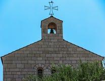 Καθολική εκκλησία του πολλαπλασιασμού του ψωμιού και των ψαριών στην ετικέττα Στοκ Φωτογραφίες
