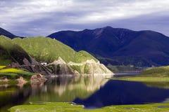 καθρέφτης λιμνών Στοκ Εικόνες