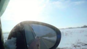 Καθρέφτης του αυτοκινήτου την πρώιμη άνοιξη σε σε αργή κίνηση 1920x1080 απόθεμα βίντεο