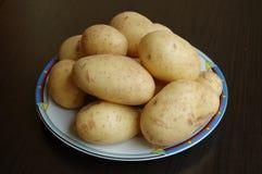 καινούριες πατάτες Στοκ εικόνες με δικαίωμα ελεύθερης χρήσης