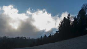 Καιρός ουρανού ομίχλης απόθεμα βίντεο