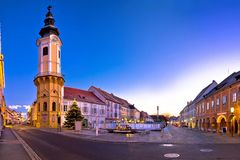 Κακή πανοραμική άποψη εμφάνισης βραδιού Radkersburg κύρια τετραγωνική στοκ φωτογραφία με δικαίωμα ελεύθερης χρήσης