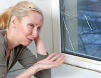 Κακό διπλός-βερνικωμένο ποιότητα παράθυρο στοκ φωτογραφίες με δικαίωμα ελεύθερης χρήσης