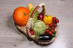 Καλάθι των λαχανικών Στοκ φωτογραφίες με δικαίωμα ελεύθερης χρήσης