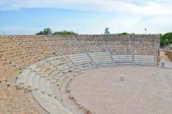 Καλά συντηρημένες καταστροφές του αρχαίου υπαίθριου θεάτρου στα κυπριακά σαλάμια, τουρκική βόρεια Κύπρος στοκ φωτογραφίες