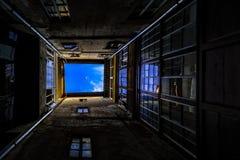 Καλά των κτηρίων Προς ένα όνειρο στοκ εικόνες με δικαίωμα ελεύθερης χρήσης