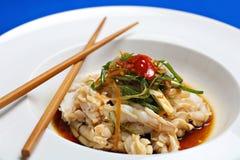 Καλαμάρια στην κινεζική πικάντικη σάλτσα ύφους στοκ εικόνα