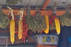 Καλαμπόκι και πιπέρι στην αγορά στοκ εικόνα με δικαίωμα ελεύθερης χρήσης