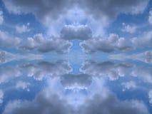 καλειδοσκόπιο σύννεφων συμμετρικό Στοκ εικόνα με δικαίωμα ελεύθερης χρήσης