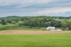 Καλλιεργήσιμο έδαφος που περιβάλλει το πάρκο του William Kain στη κομητεία της Υόρκης, Pennsylva στοκ εικόνα