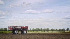 Καλλιεργώντας μηχανή γεωργίας Βιομηχανία γεωργίας όχημα γεωργίας στοκ φωτογραφίες με δικαίωμα ελεύθερης χρήσης