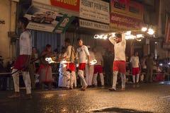 Καλλιτέχνες πυρκαγιάς στο φεστιβάλ Esala Perahera σε Kandy Στοκ φωτογραφία με δικαίωμα ελεύθερης χρήσης