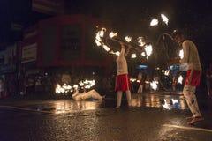 Καλλιτέχνες πυρκαγιάς στο φεστιβάλ Esala Perahera σε Kandy Στοκ φωτογραφίες με δικαίωμα ελεύθερης χρήσης