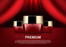 Καλλυντικές αγγελίες ομορφιάς, κόκκινη καλλυντική κρέμα στην κόκκινη σκηνική κουρτίνα απεικόνιση αποθεμάτων