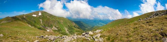 καλοκαίρι βουνών τοπίων στοκ εικόνες