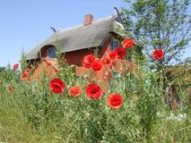 καλοκαίρι εξοχικών σπιτιών Στοκ φωτογραφίες με δικαίωμα ελεύθερης χρήσης