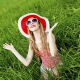 καλοκαίρι κοριτσιών διασκέδασης Στοκ φωτογραφίες με δικαίωμα ελεύθερης χρήσης