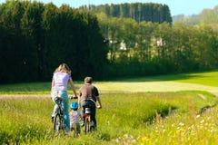 καλοκαίρι οικογενει&alpha Στοκ Φωτογραφίες