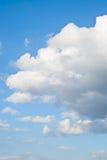 καλοκαίρι ουρανού σύννε&p στοκ εικόνες