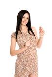 καλοκαίρι χαμόγελου φορεμάτων brunette Στοκ Εικόνες
