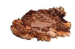 Καλοψημένο τεμαχισμένο μπριζόλα δεντρολίβανο βόειου κρέατος στοκ εικόνες