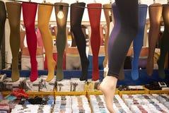 Καλσόν χρώματος που πωλούνται στην αγορά dappermarkt στο Άμστερνταμ Στοκ Φωτογραφίες