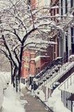 καλυμμένη οδός χιονιού Στοκ εικόνες με δικαίωμα ελεύθερης χρήσης